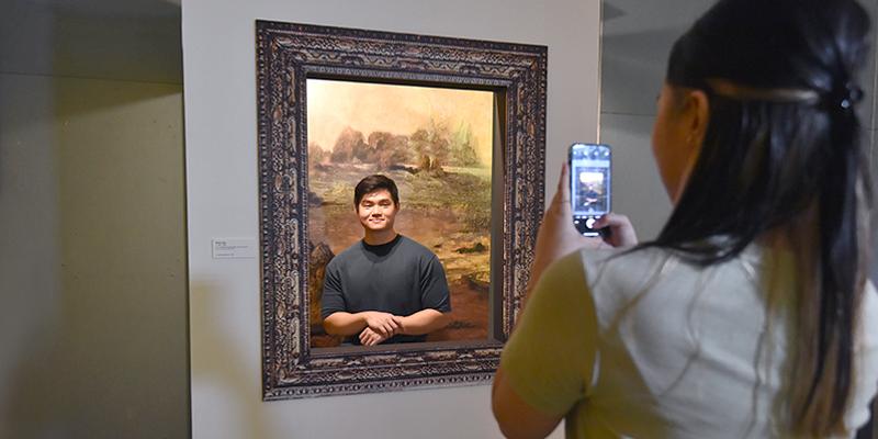 Da Vinci Web Image - Mona Lisa Photo Opp