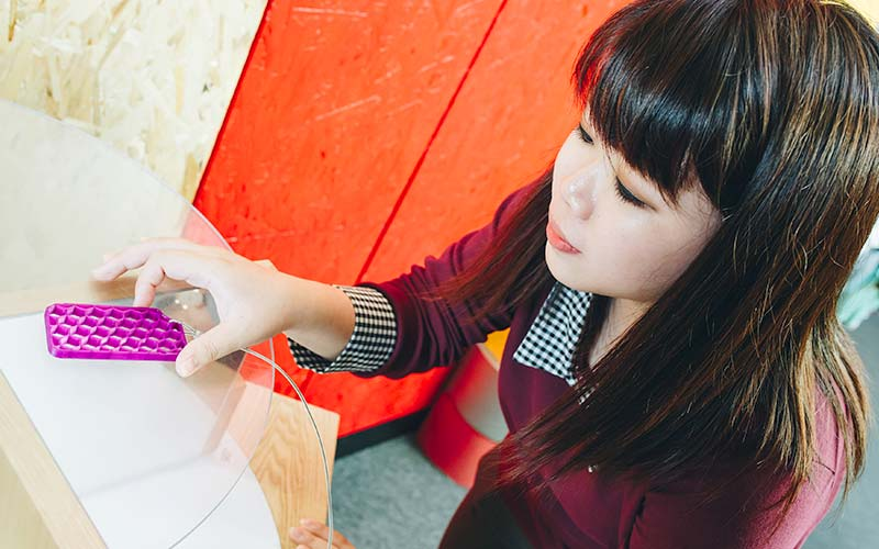 TinkeringStudio-Carousel-02